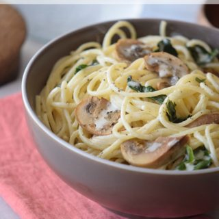 Creamy Spinach & Mushroom Spaghetti (Day 3 of Write 31 Days)